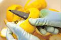 柚子の皮剥ぎ